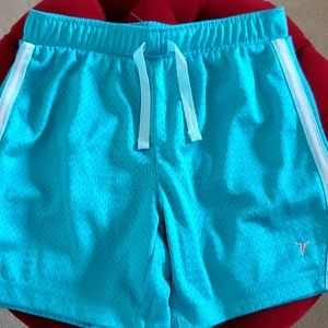 Old Navy Active 5 inch Shorts